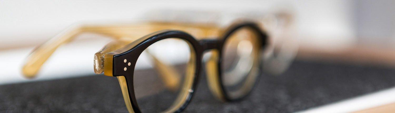 produkte-kontaktlinsen-brillenpflege-fassungen